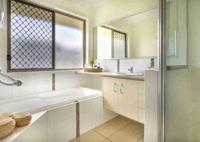 Bathroom Gallery 12 - Pole Custom Homes Builders Toowoomba Warwick QLD