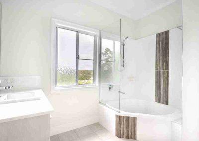 Bathroom Gallery 13 - Pole Custom Homes Builders Toowoomba Warwick QLD
