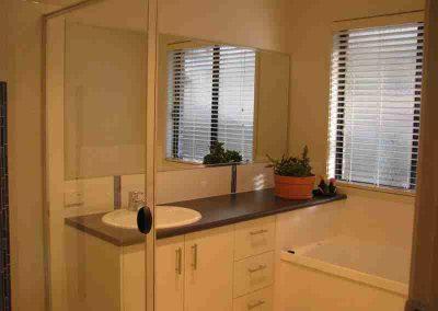 Bathroom Gallery 19 - Pole Custom Homes Builders Toowoomba Warwick QLD